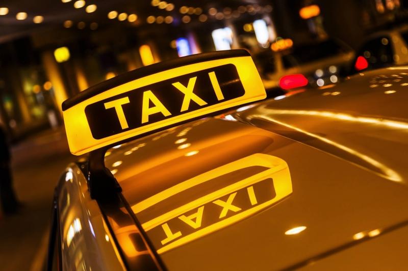 Требуются водители в такси